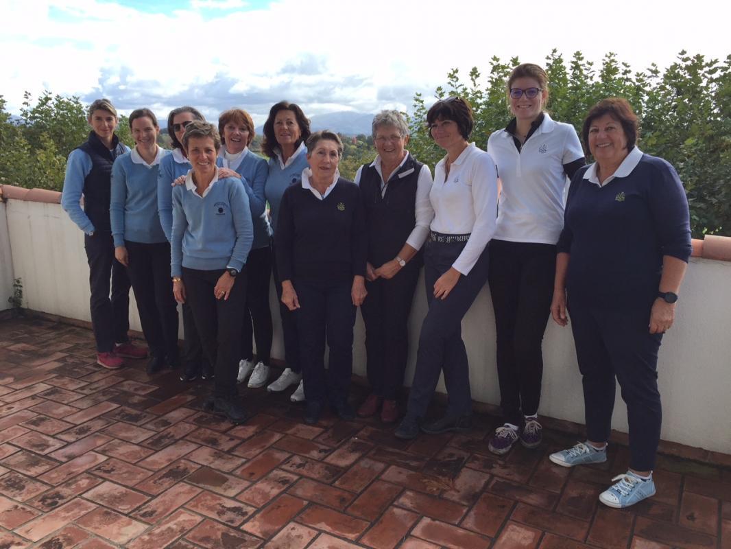 Les équipes d'Arcangues et du Pau Golf Club 1856